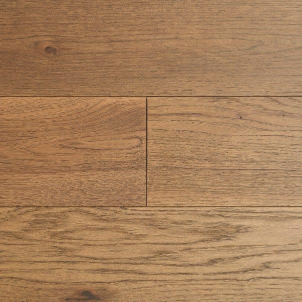 Woodlands Collection - Hickory Elegance