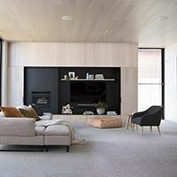 What are the benefits of loop pile carpet?